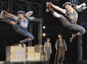 Newsies-Broadway-boys