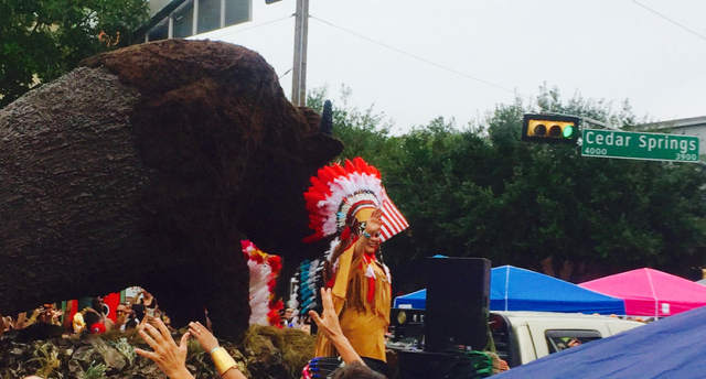 offensive indian float